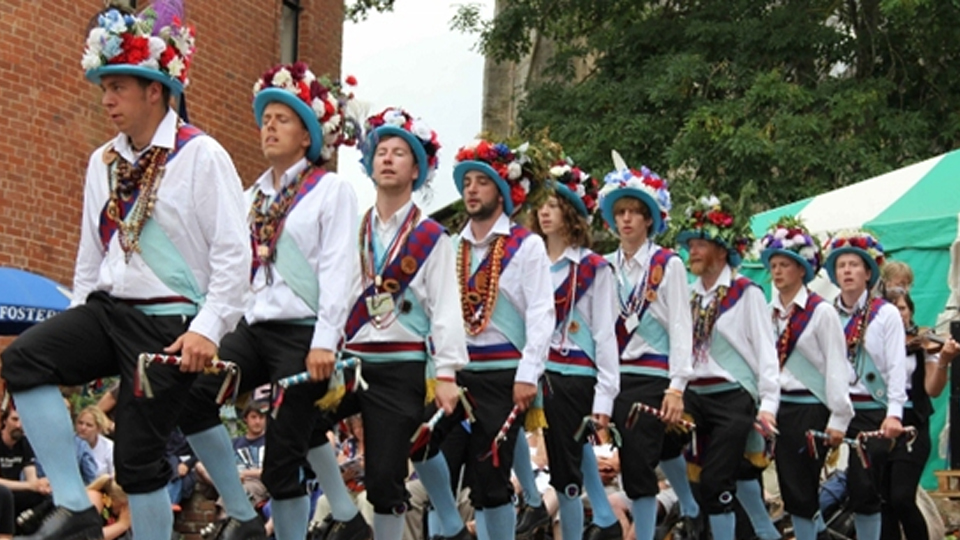 Earlsdon Morris Men by Sue Swift